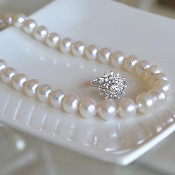 南洋白とダイアモンドリング