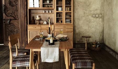 モモナチュラル食器棚