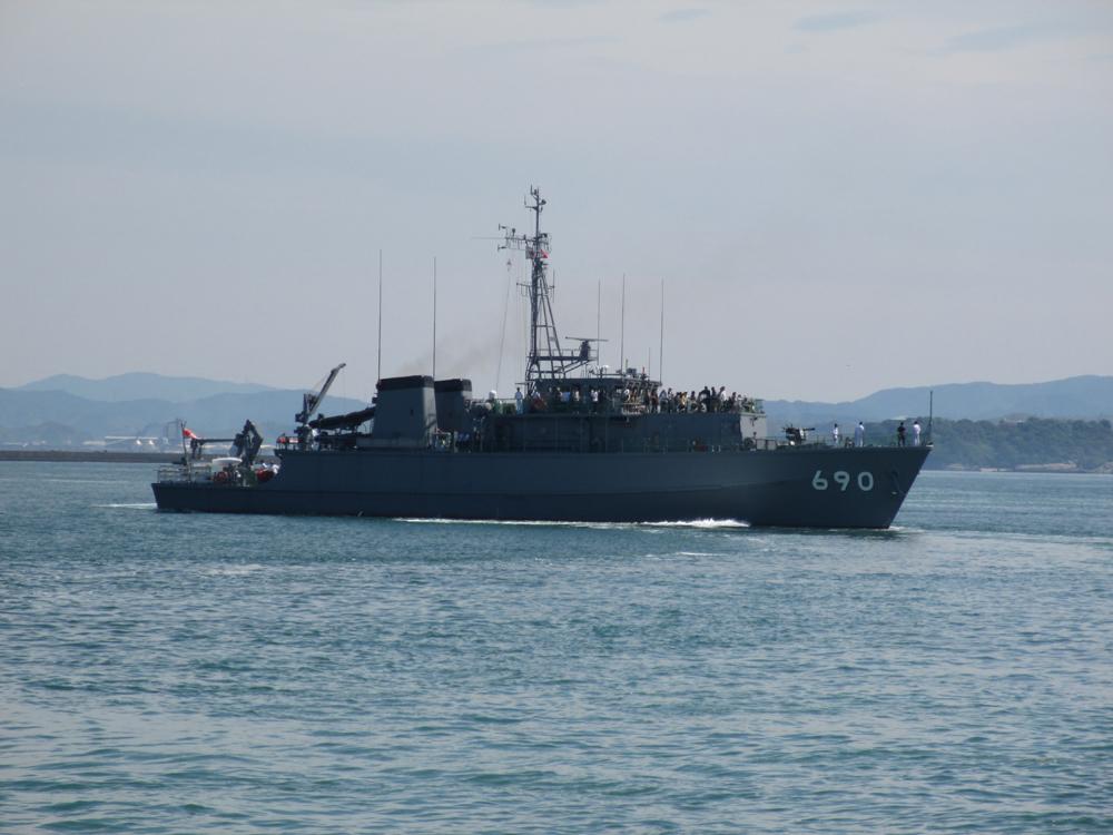 掃海管制艇くめじま 007-08