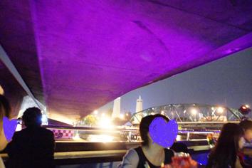2 クルーズ橋の下