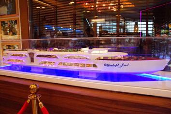 2 クルーズ船模型