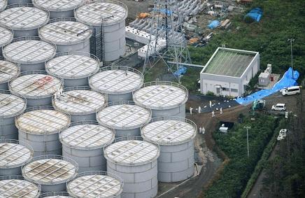 3112015福島汚染水タンクS