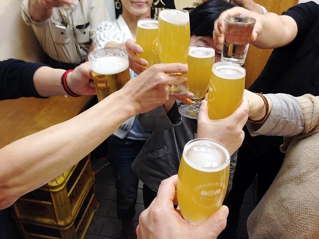 ゴールデンウィーク中の立呑み会。2軒目は兵庫駅前の広瀬酒店へ。