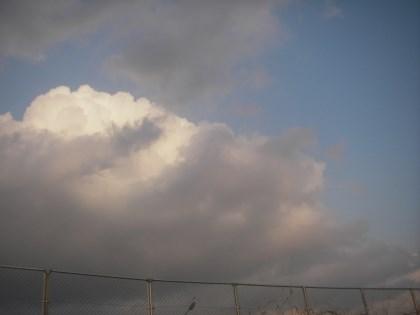 モクモク雲登場