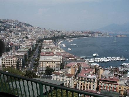 7月26日ナポリの海を見て死ね