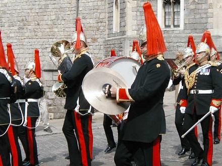 8月1日ウインザー城の衛兵の交代