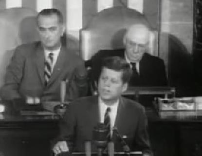 ケネディ大統領 アポロ計画 議会演説 y