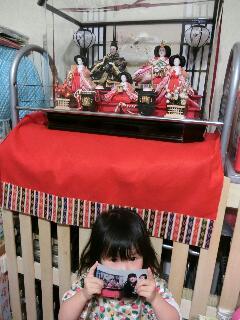 雛人形を飾るのが遅く