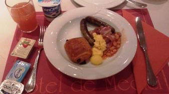ブルージュのホテルの朝食