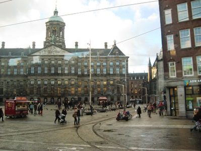 アムステルダムのダム広場王宮