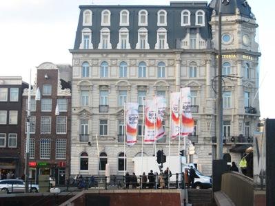 アムステルダム駅近くのビクトリアホテル