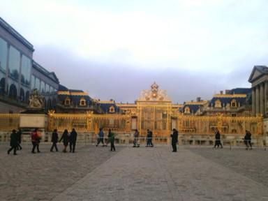 ヴェルサイユ宮殿門