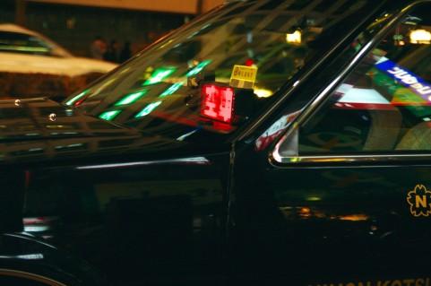 Taxi at nite2