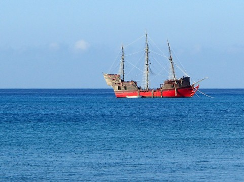 Cubaboat.jpeg