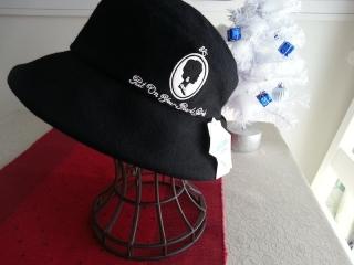 ルルギネス帽子カメオ1