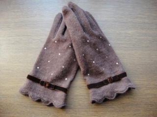 ルルギネスのスカラップ&リボン手袋ブラウン