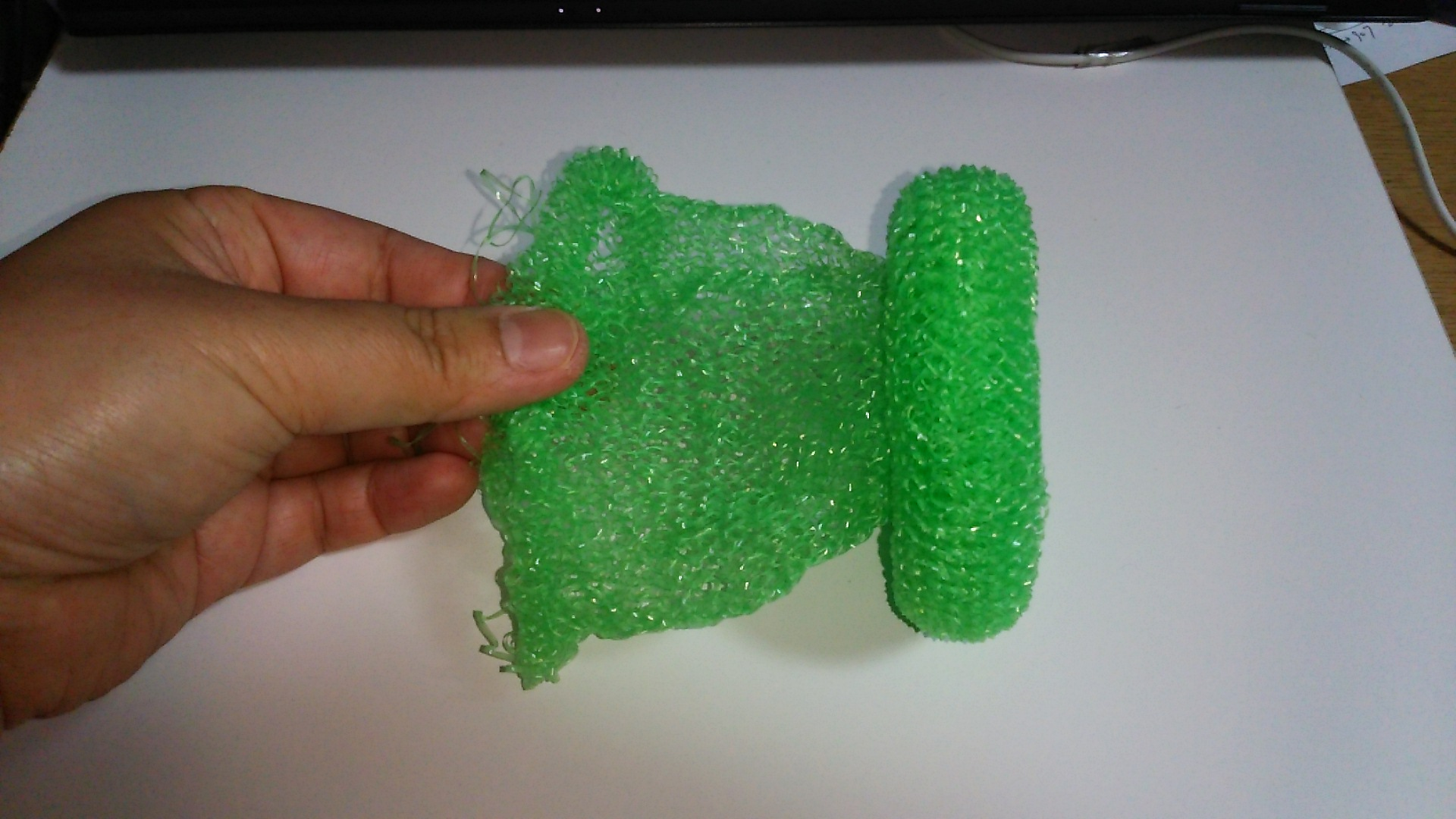 くらげ緑3伸ばして形を作る