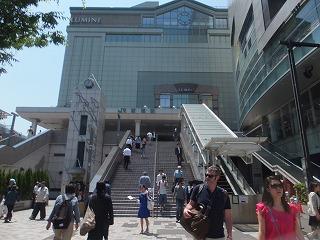 shinjuku-street180.jpg