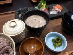 天ぷらとかお蕎麦も魅力的だったんだけど・・・