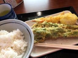 今日の天丼は490円