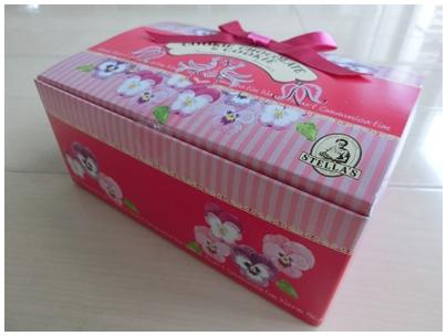 ステラおばさんのクッキーの箱