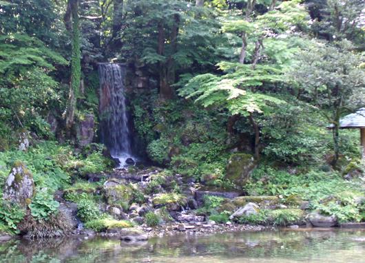 翠滝(みどりたき)