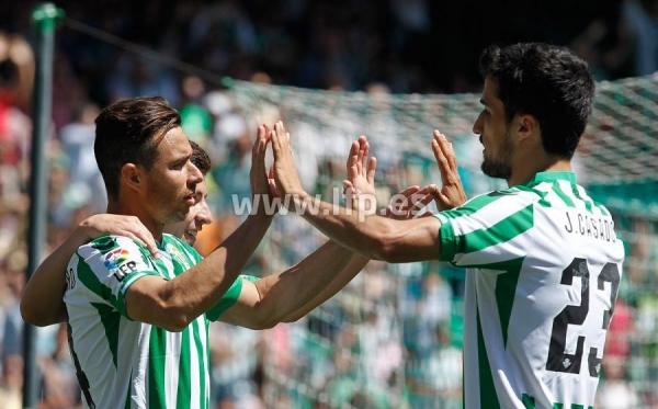 J34_Betis-Zaragoza01s.jpg