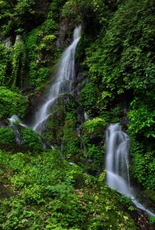 s玉垂れの滝 (2)