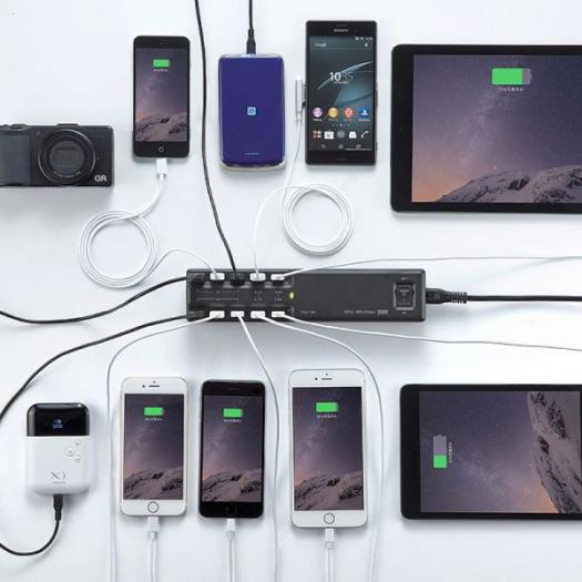「同時に10台充電できる USB 充電器」