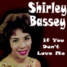 Shirley Bassey(Somebody Loves Me)