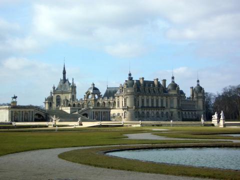 Chateau_de_Chantilly_garden_convert_20150602070638.jpg