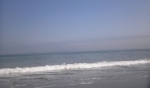 写真以上に波が高いです!