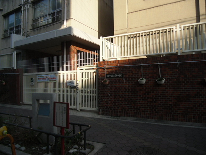 1 萩之茶屋小学校①