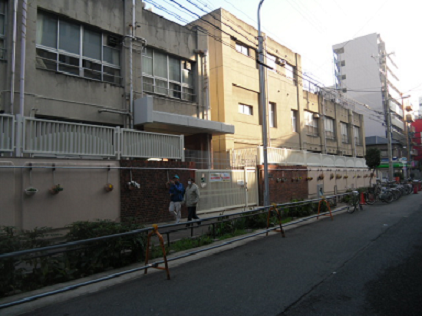 2 萩之茶屋小学校②