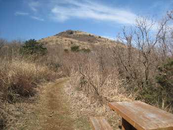 IMG_4063晴天の福智山を望む