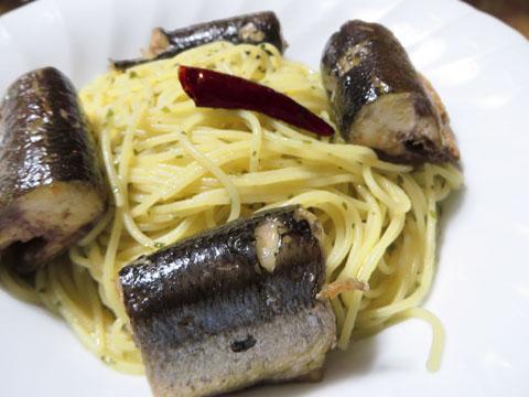 秋刀魚の筒切りペペロンチーノ