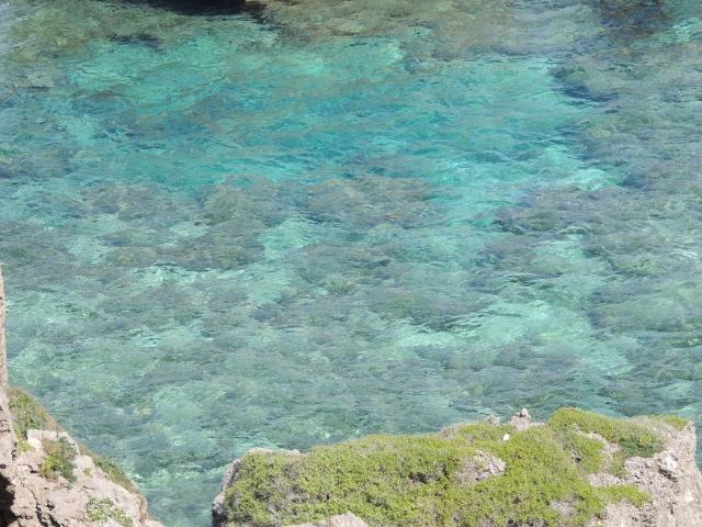 N5473エメラルドブルーの海