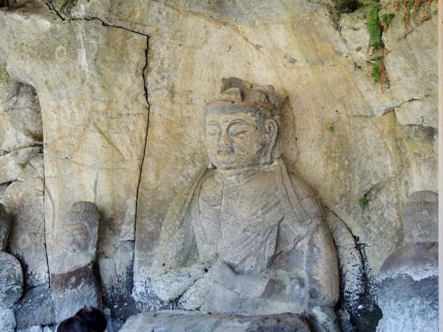 N5778臼杵石仏