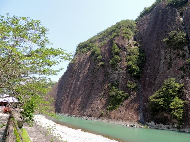 N5993一枚岩