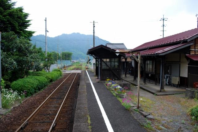 9067安部駅ホーム
