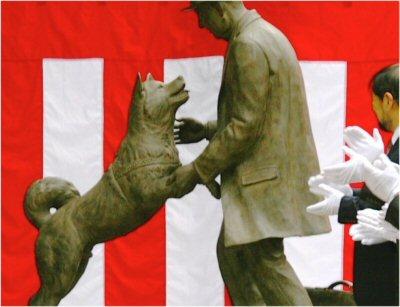 03b 2015 08 AA-AS ハチ公の再開銅像
