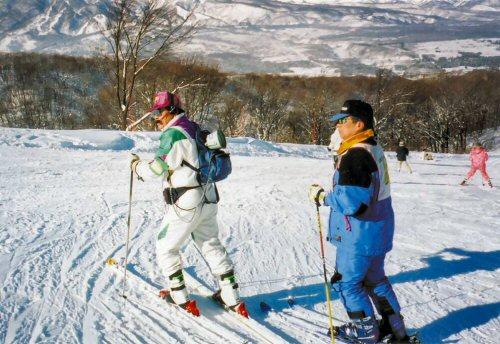 04 500 20011229 山井 修さん初スキー