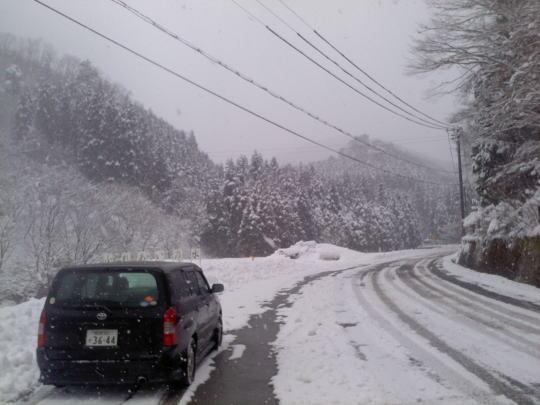 冬の倉床 明延の峠の登り口