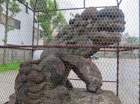 今戸神社古い狛犬