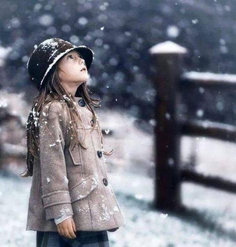 子供 雪 降雪