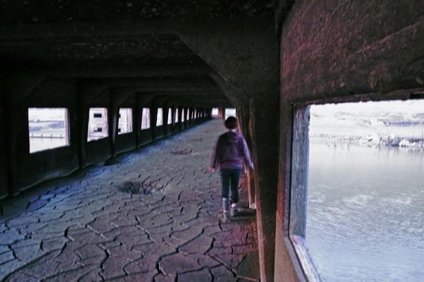 大荒沢ダム提体内部1 (600x400)