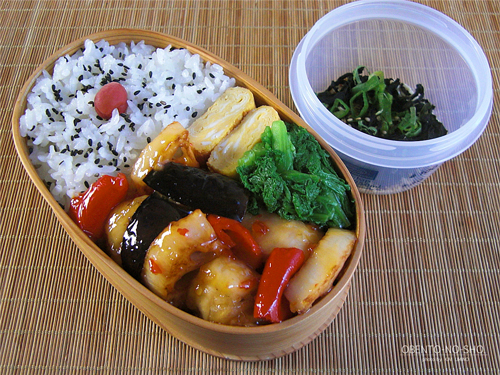 鶏と野菜のスイチリ炒め弁当01