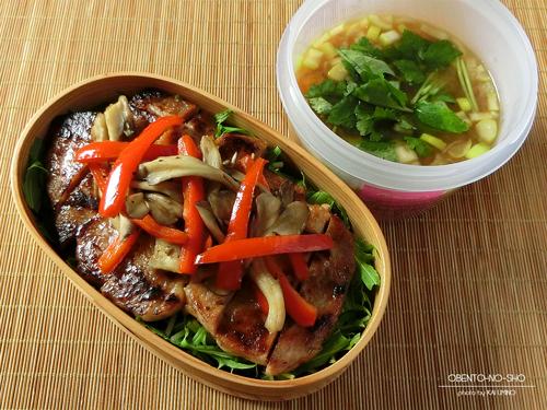 豚の西京焼丼弁当01