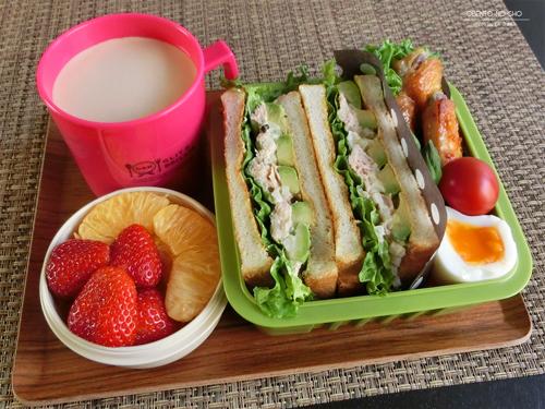 ツナアボカドのトーストサンド弁当01