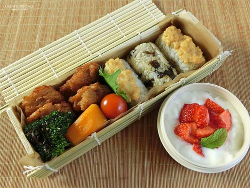 味噌漬け豆腐の焼おにぎり弁当01